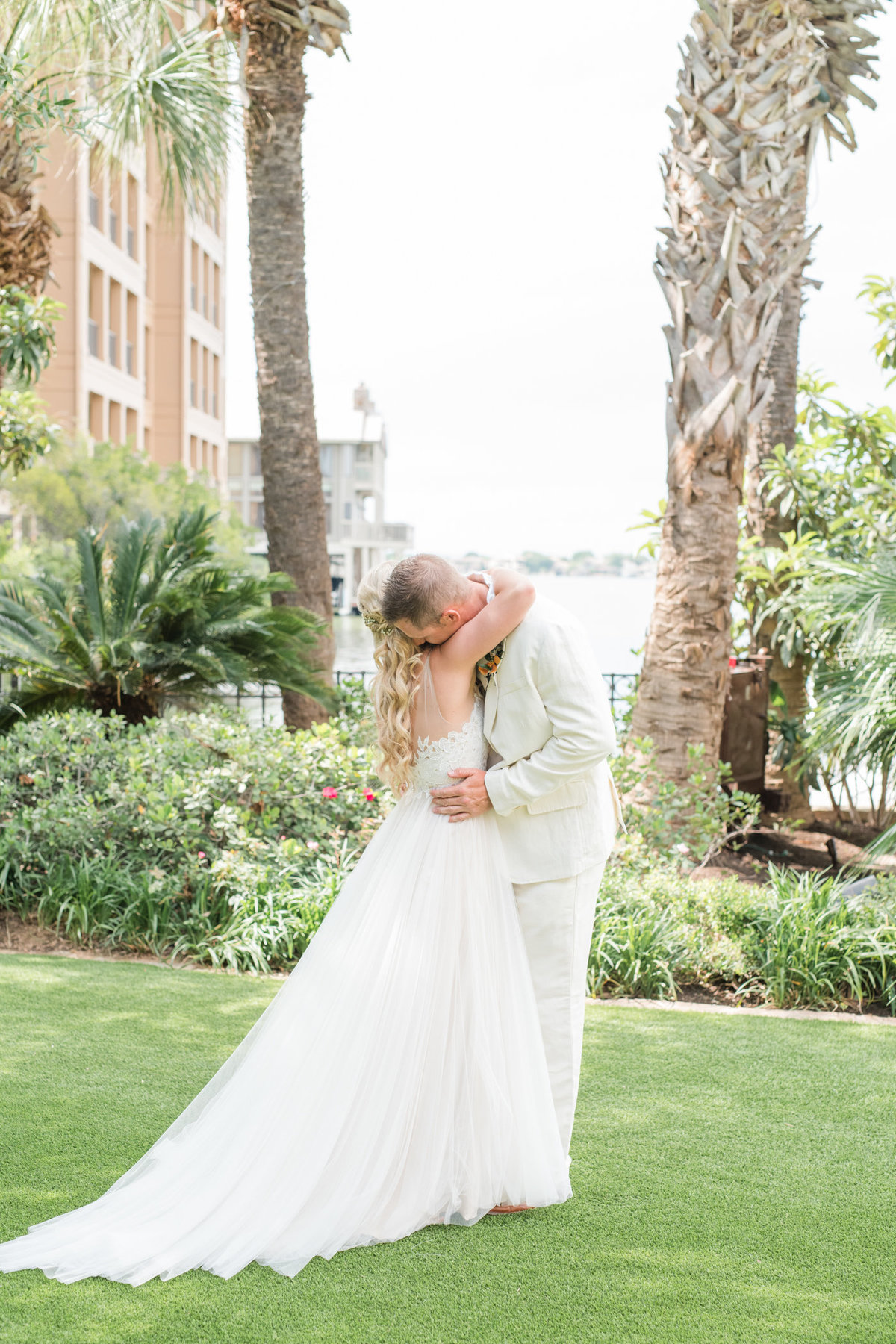 Horseshoe Bay Resort Yacht Club Wedding Photographer-39