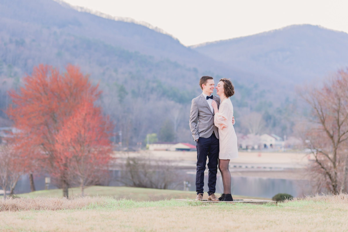 Asheville-Wedding-Photographers-05610561