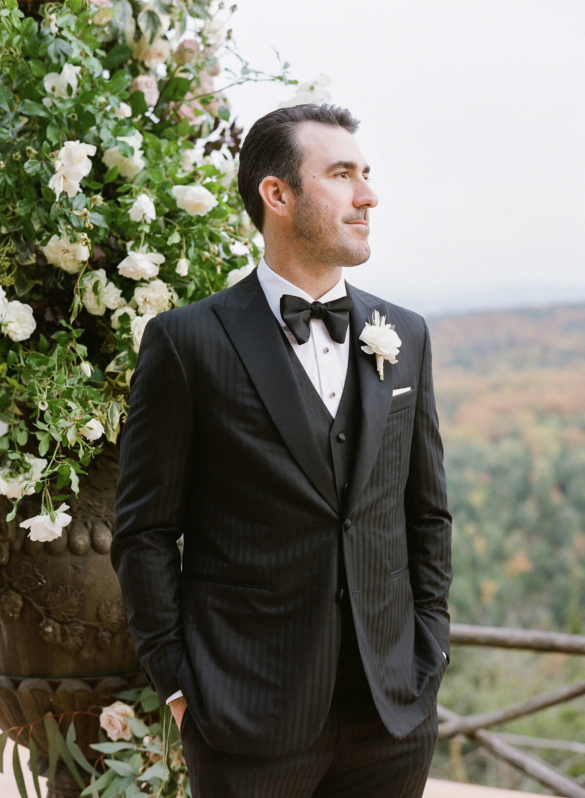 19-KTMerry-weddings-Justin-Verlander-Tuscany-ceremony