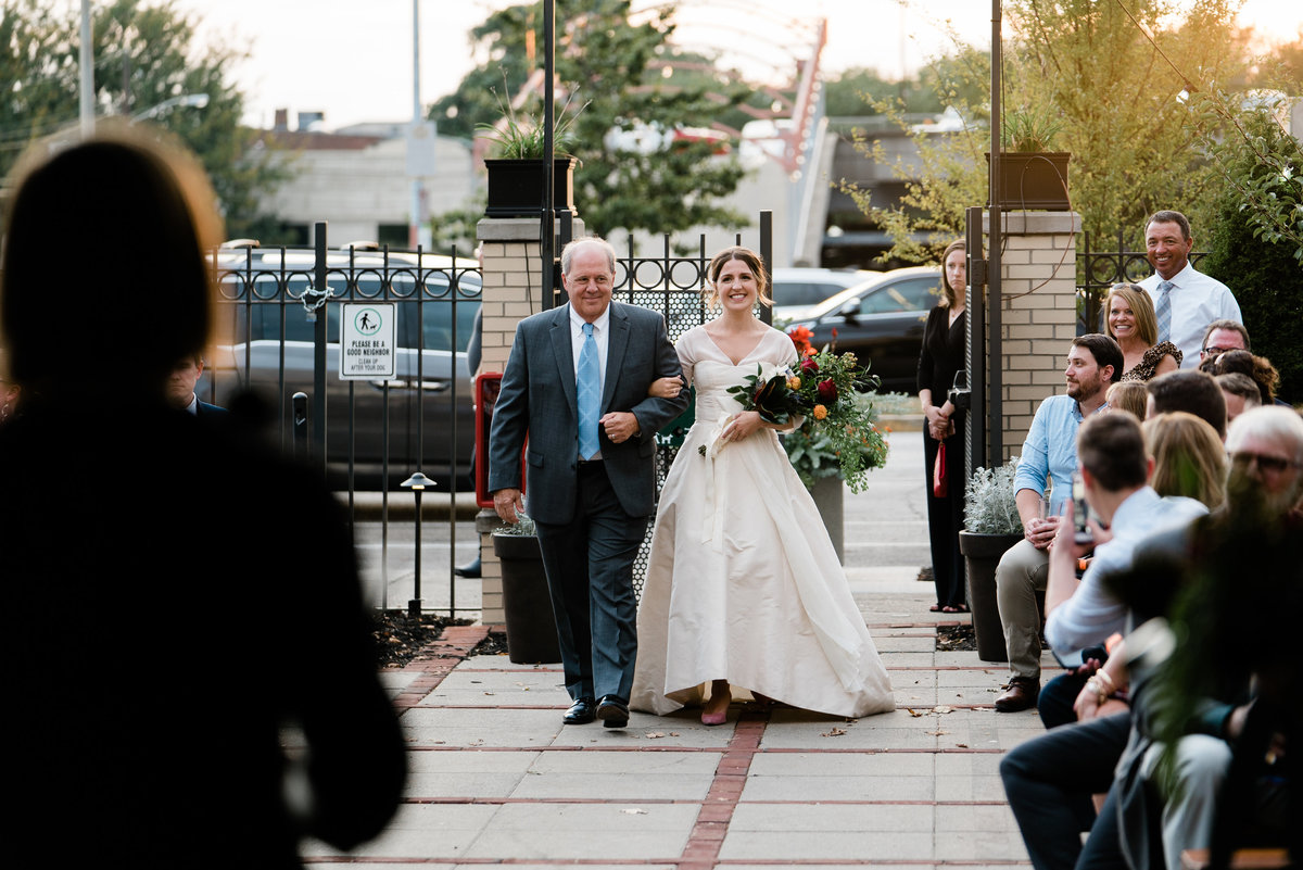 Kelly and Nathan Queen City Radio Wedding Cincinnati Wedding Photographers-85