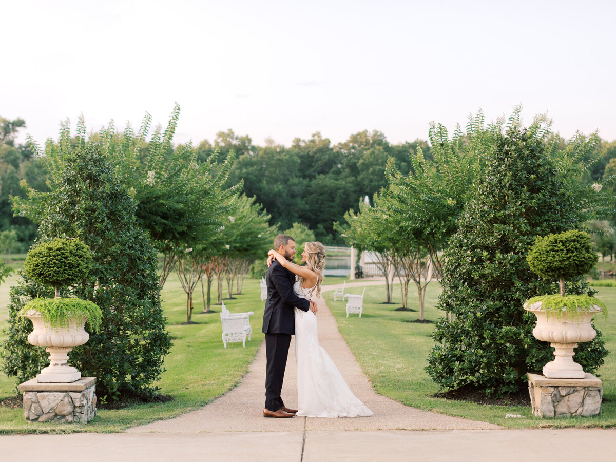 MLP-Aubrey-Tyler-Morais-Vineyards-Winery-Wedding-117