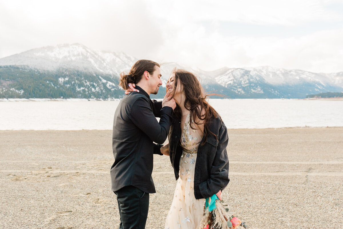 Cle-Elum-Washington-Lake-Elopement-Photographer-Photography-75