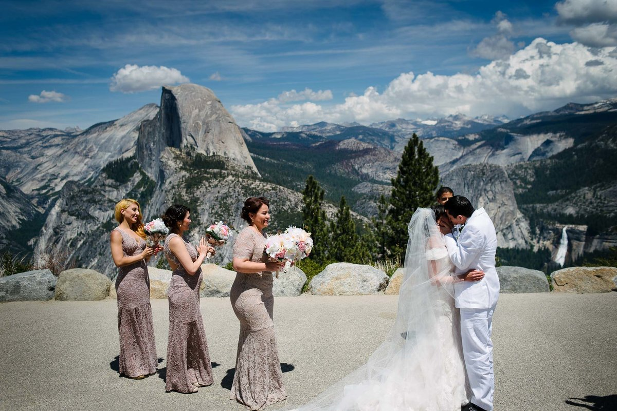 wedding ceremony at yosemite national park