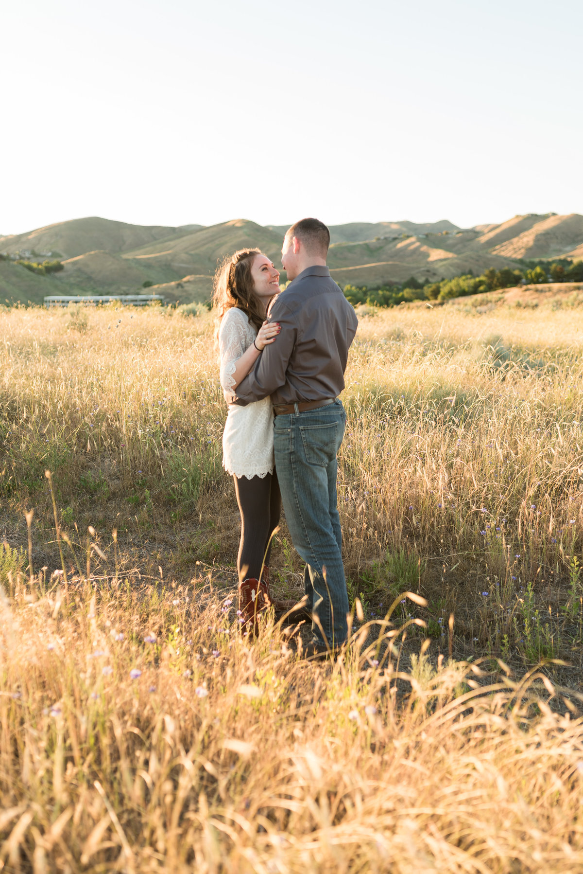 Spring Boise Foothills Engagement Shoot04