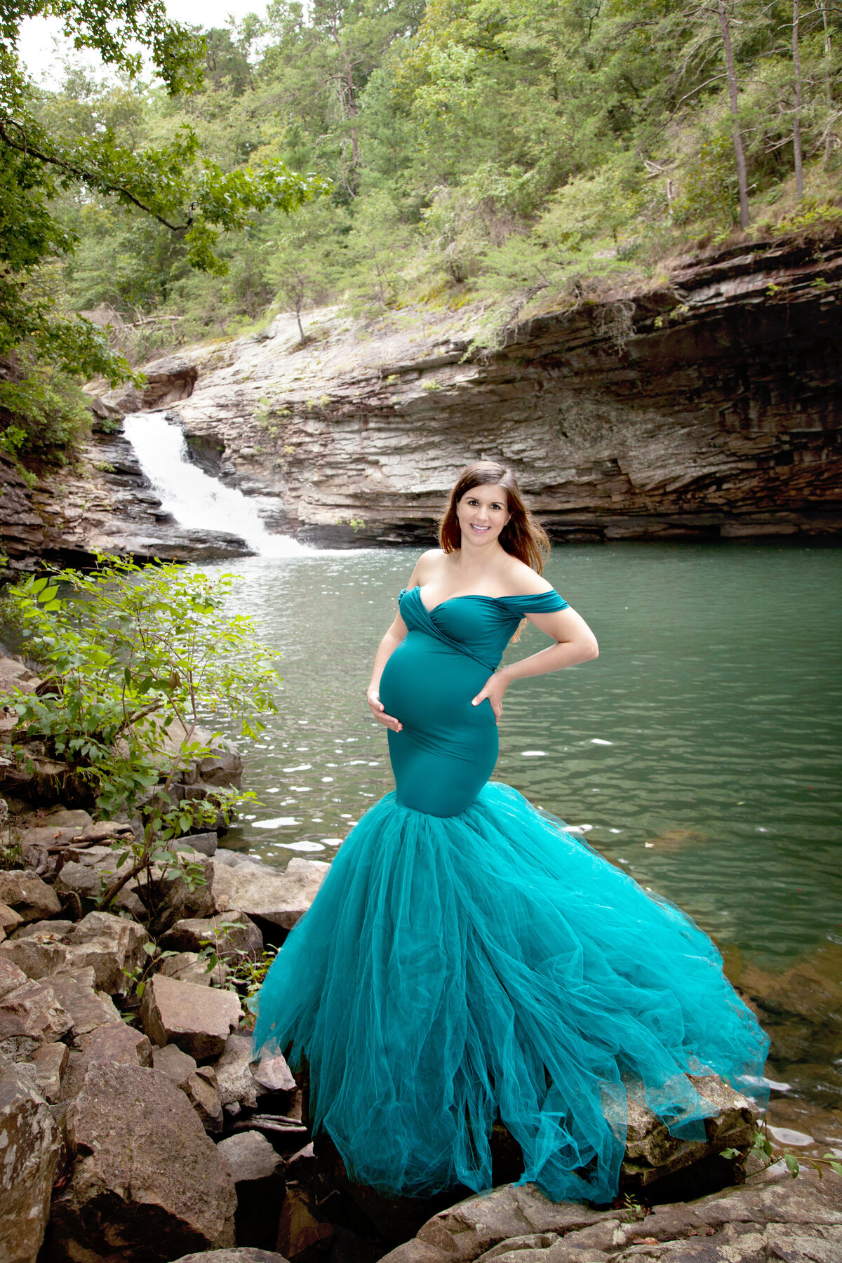 Sara-J-Williams-Photography-Georgia-Maternity-Portraits-20-Waterfall-Teal-Gown