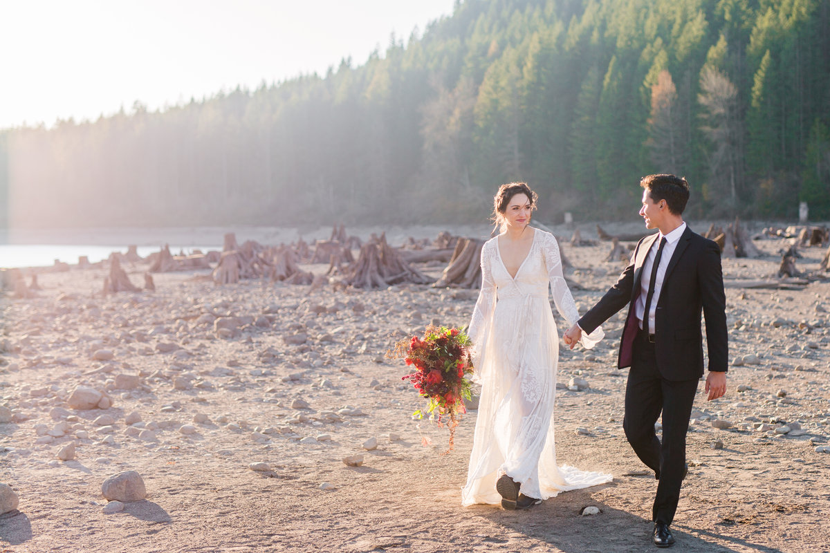 Seattle-Elopement-Photographer-Washington-Destination