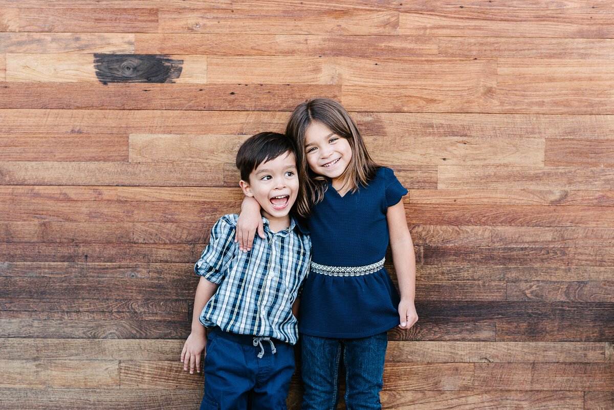 Encinitas Family Photographer-texture walls-31