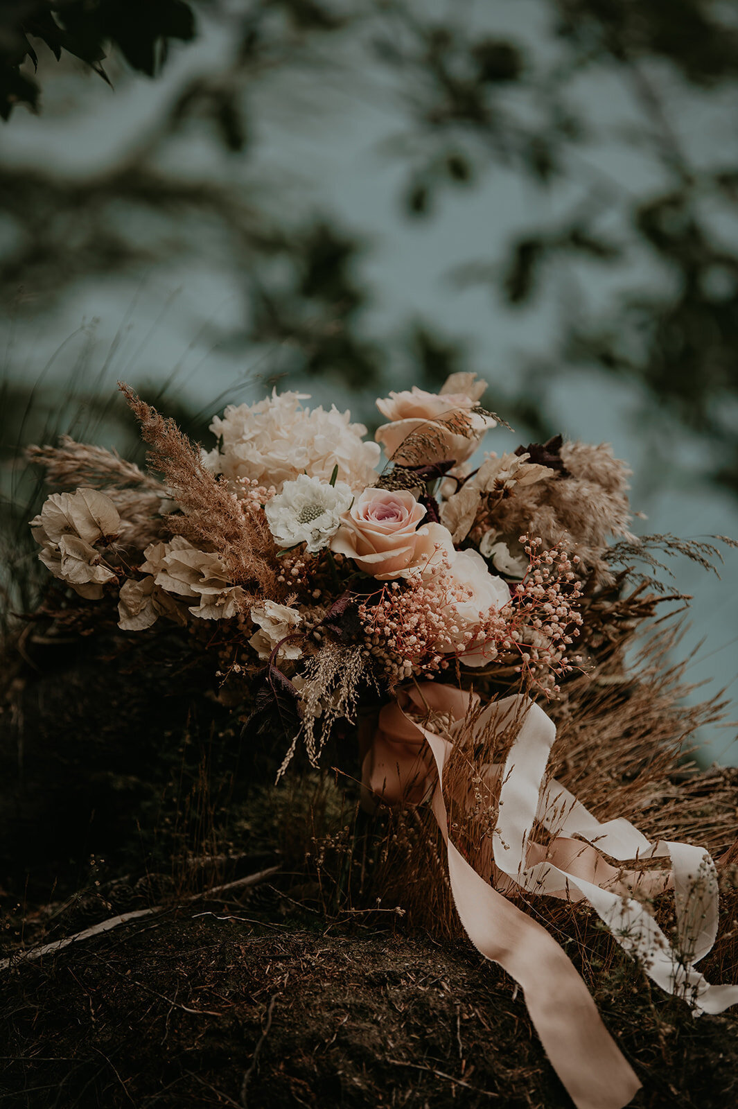 Dutch_Adventure_Elopement_Amber_Spits_Photography_Styling-5.jpg