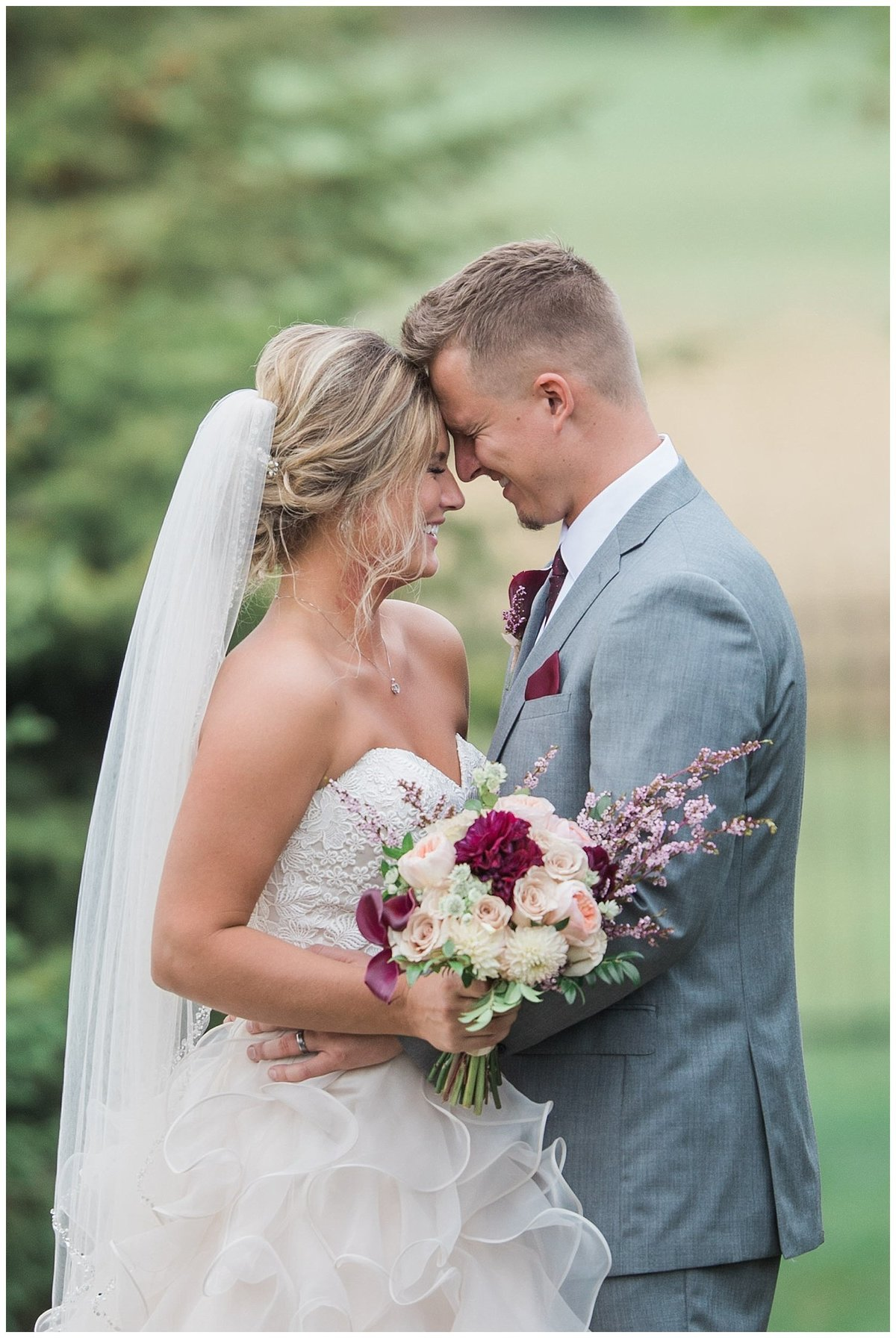 Romantic Wedding - South Dakota Wedding - Midwest Wedding_0311