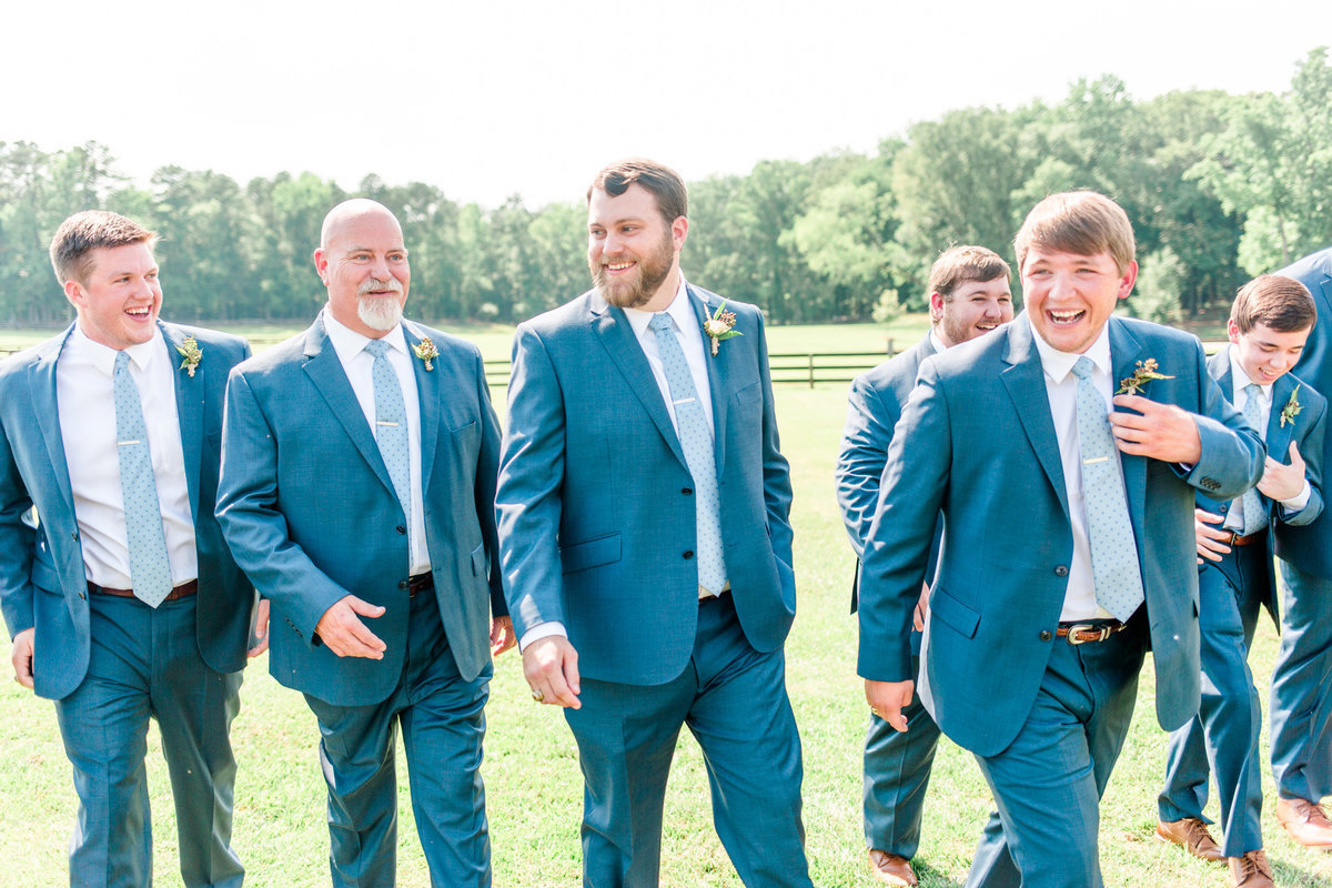 meredith_levi_groomsmen_getting_ready