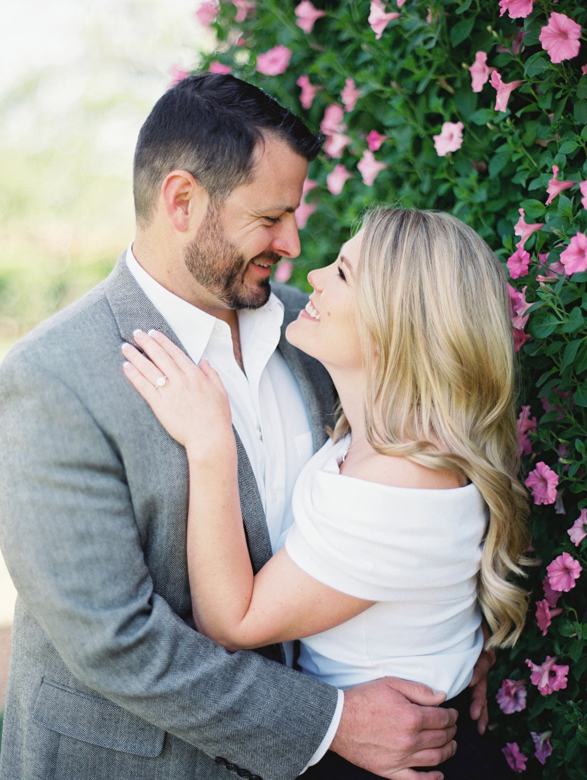 Courtney Hanson Photography - Dallas Spring Engagement Photos-005-2