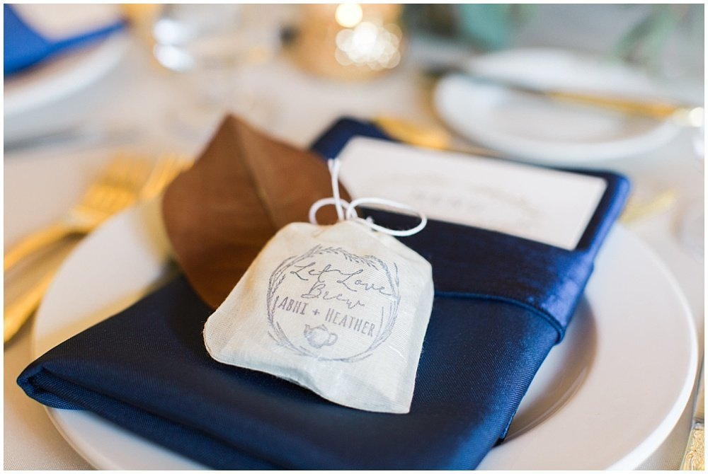 Laurel-Hall-Fall-Navy-Wedding-Ivan-Louise-Images-Jessica-Dum-Wedding-Coordination_photo_0033