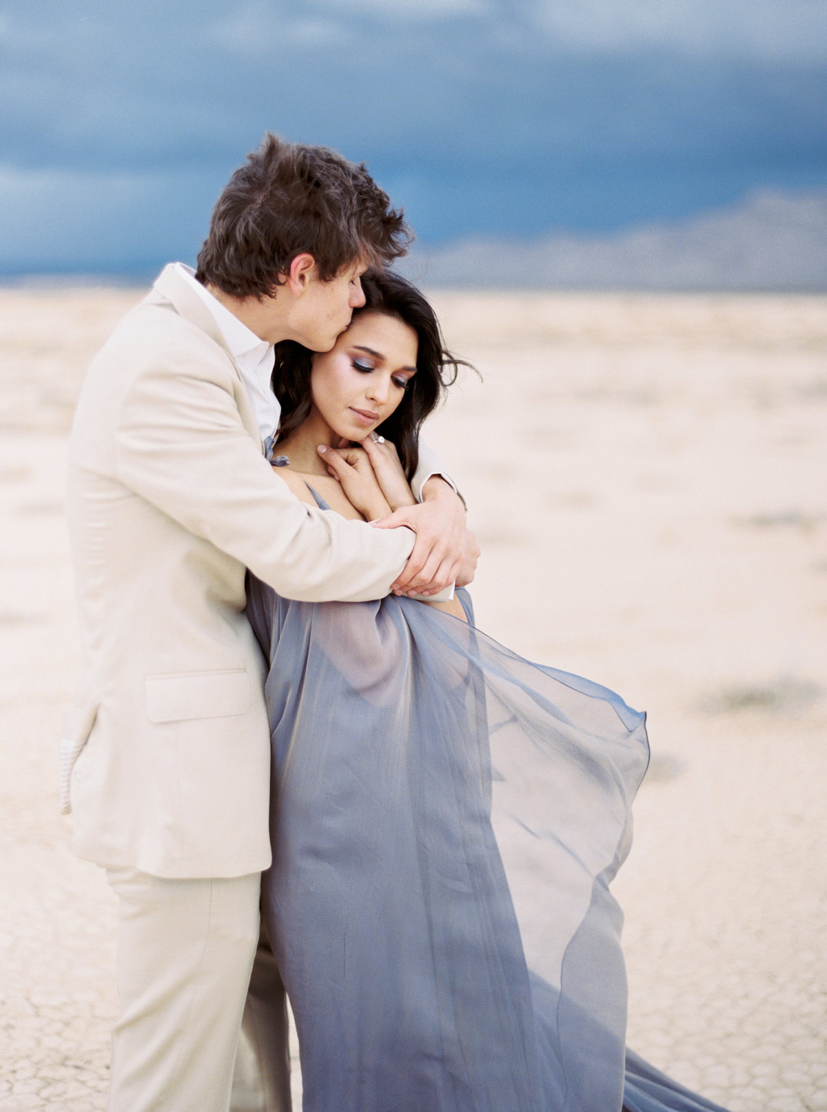 philip-casey-photography-desert-oasis-editorial-session-10