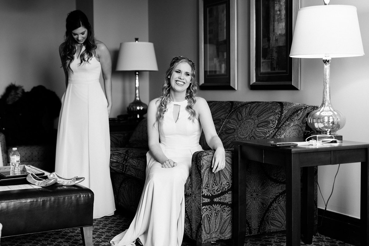 Rachel-Matt-Inn-at-St-Johns-Wedding-Michigan-Breanne-Rochelle-Photography35