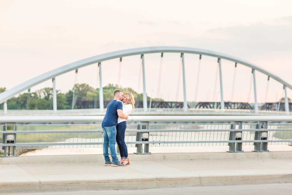 Michelle Joy Photography Columbus Ohio Wedding Senior Photographer Natural Light Joyful33