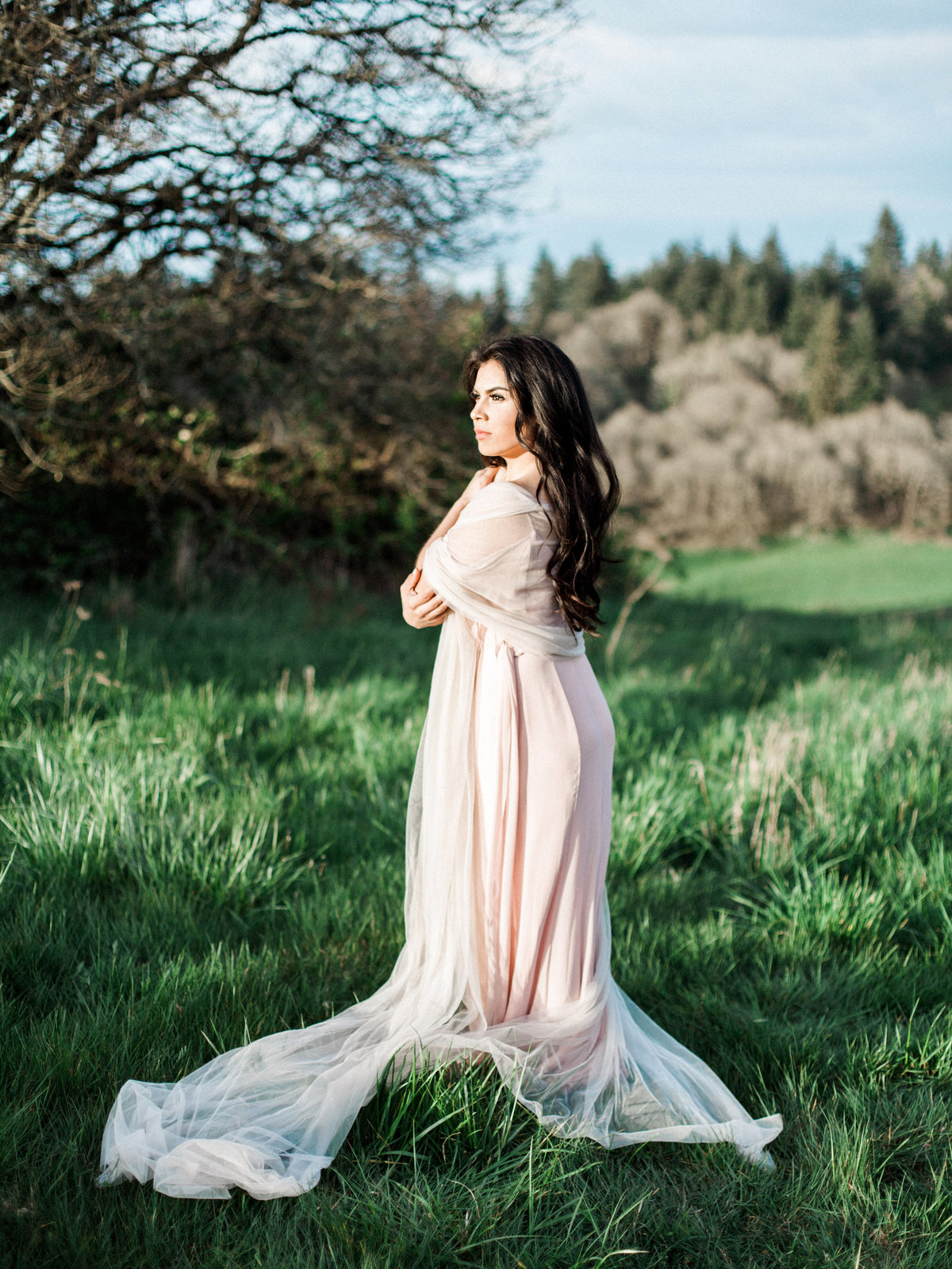 WHEN-SHE-KNEW-PHOTOGRAPHY-ADORN-MAGAZINE-ETHEREAL-BRIDAL-WEDDING-EDITORIAL-OREGON-5