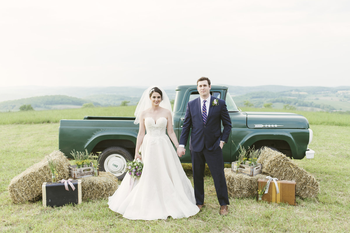 Monica-Relyea-Events-Alicia-King-Photography-Globe-Hill-Ronnybrook-Farm-Hudson-Valley-wedding-shoot-inspiration63