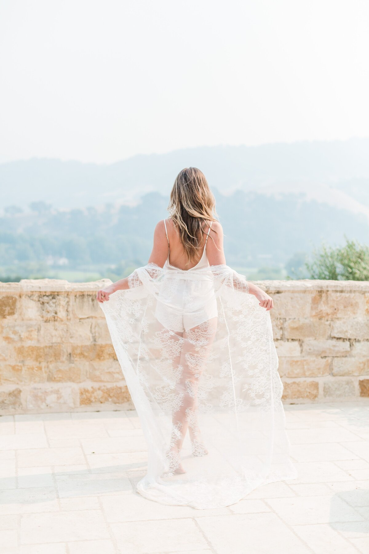 Kelli-Bee-Photography-Blog-Sunstone-Winery-Villa-Styled-Wedding-0005