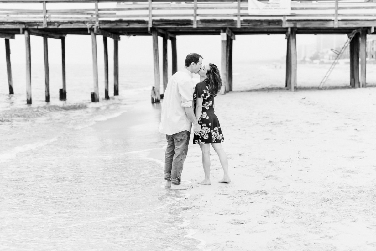 hampton roads couples photographer-4