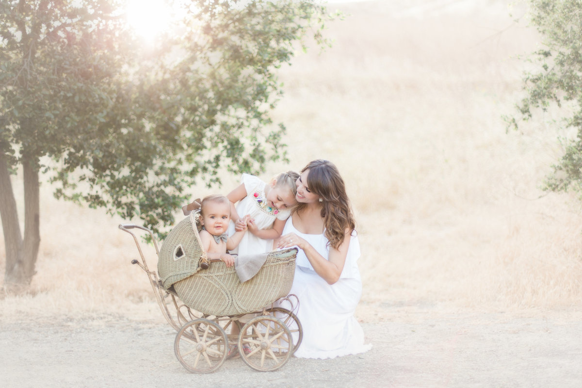 Christine_Sara_Los_Angeles_Motherhood_Photography04