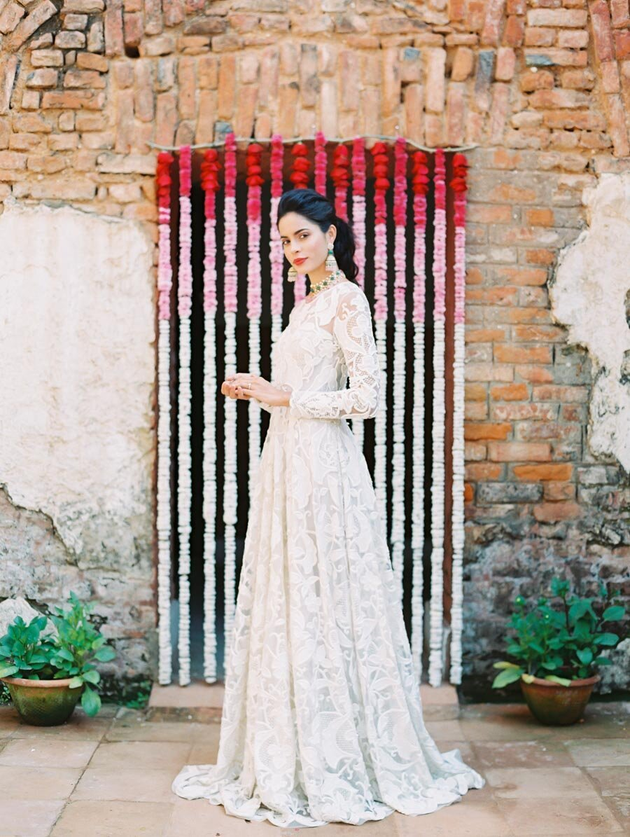 Indian Elopement Bridelan Mum Garland Naeem Khan Wedding Dress Bonnie Sen Photography