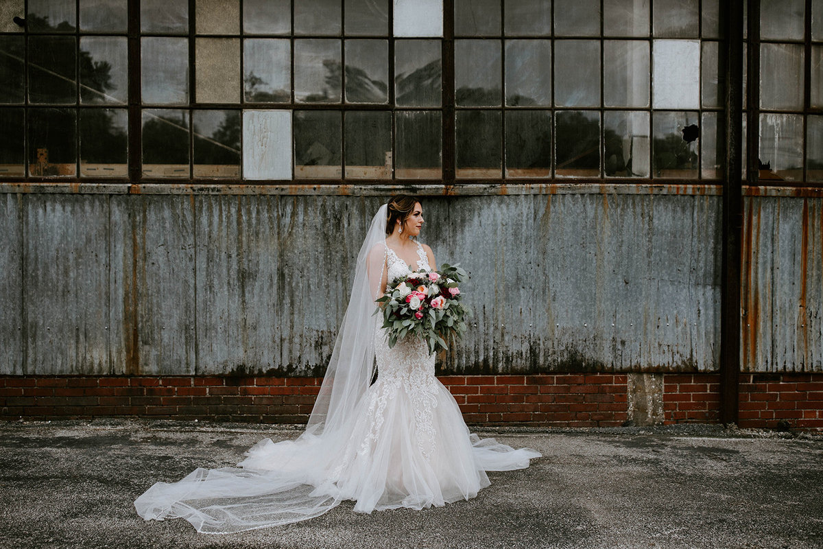 ALTON ILLINOIS WEDDING - OLD CRACKER FACTORY - WOW FURNISHINGS - THE LOVELY LENS PHOTOGRAPHY-314_websize