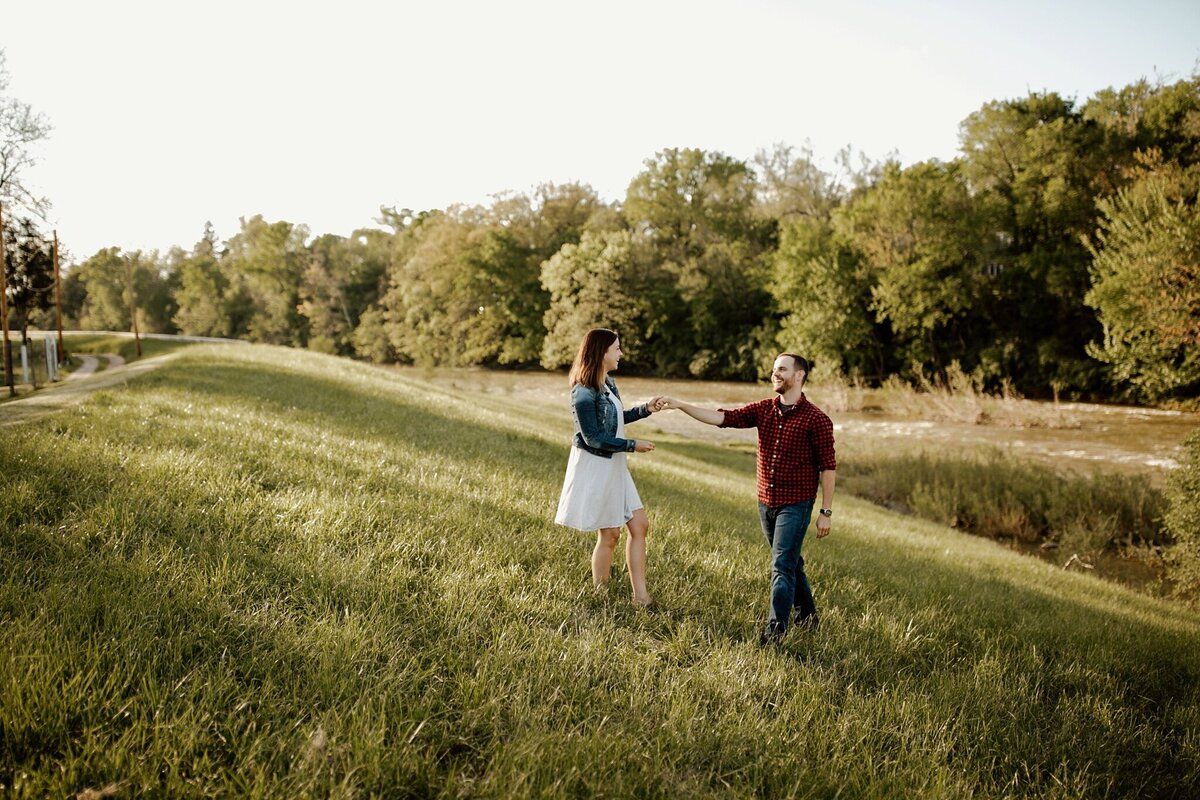 meg-thompson-photography-muncie-couples-session-erin-tyler-101
