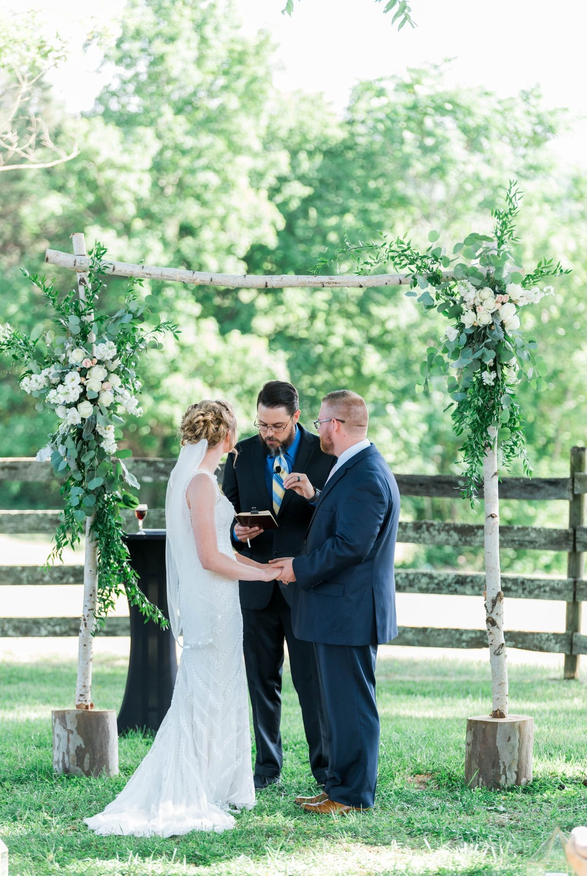 SorellaFarms_VirginiaWeddingPhotographer_BarnWedding_Lynchburgweddingphotographer_DanielleTyler+42(1)