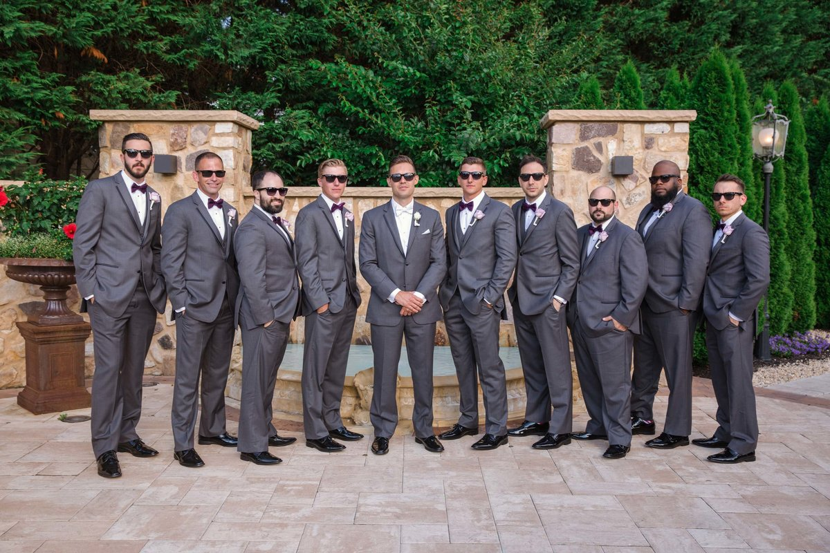 Larkfield Manor groomsmen photos