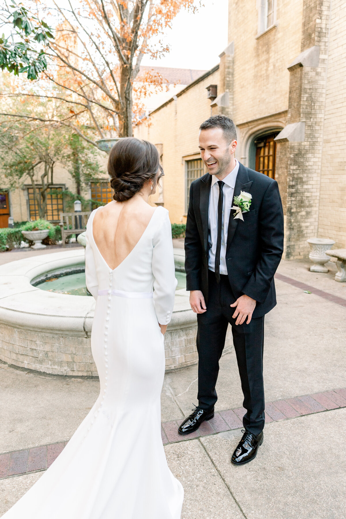 Bride-Groom-First-Look-Dallas