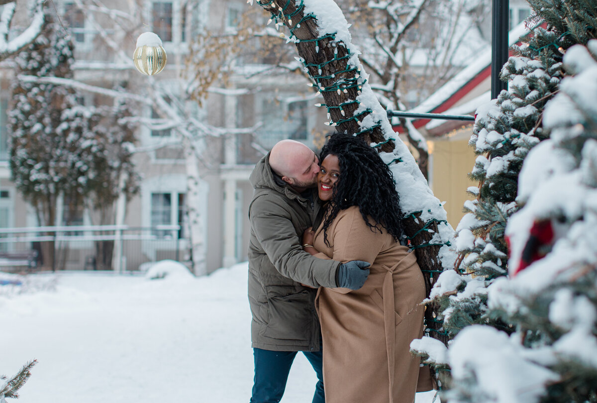 tremblant-winter-mountainside-engagement-session-grey-loft-studio-tremblant-village-175