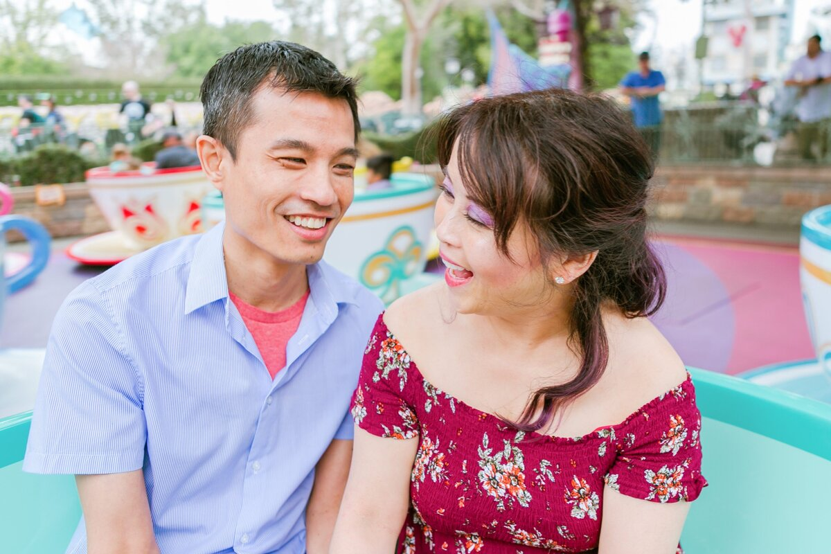 Disneyland-Engagement-Session-0014