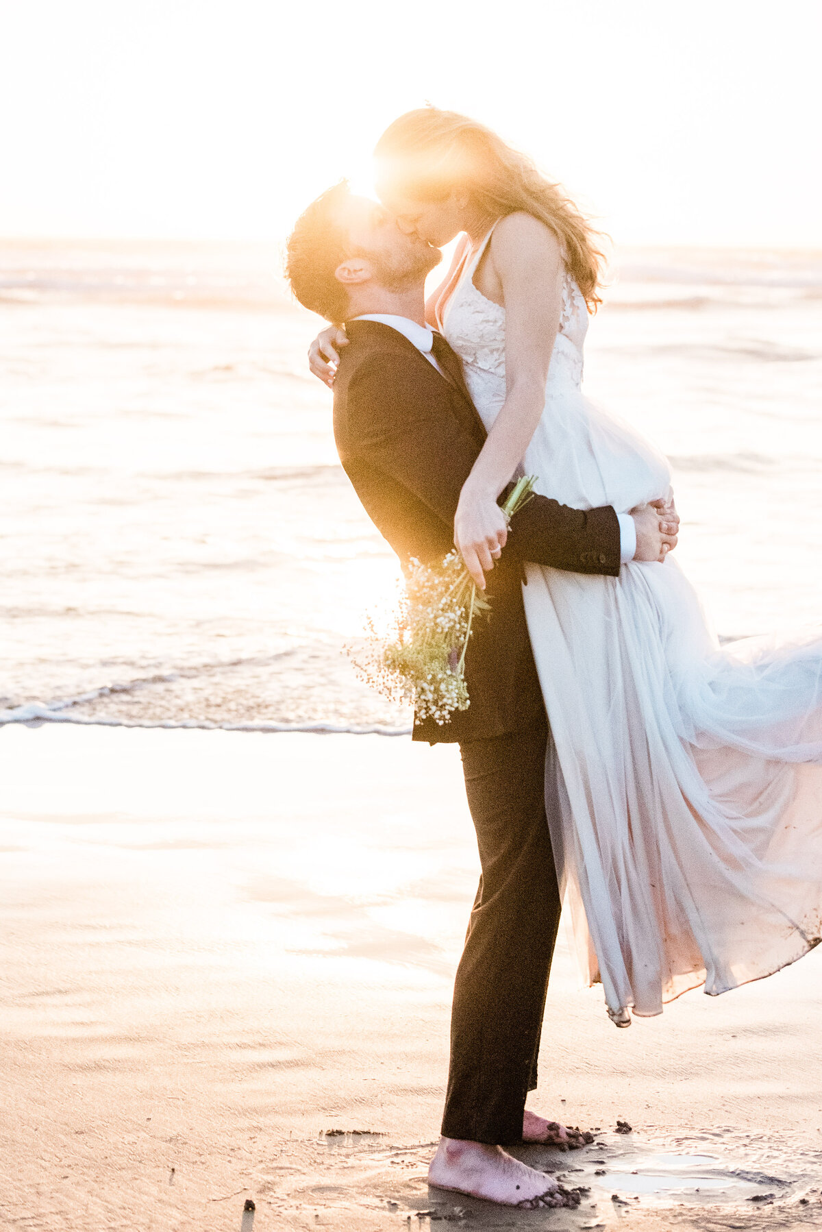 Cannon-Beach-Elopement-Photographer-71