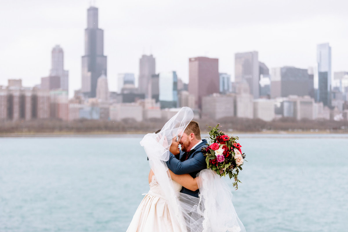 Adler-Planetarium-Wedding-Chicago-Wedding-Photographer