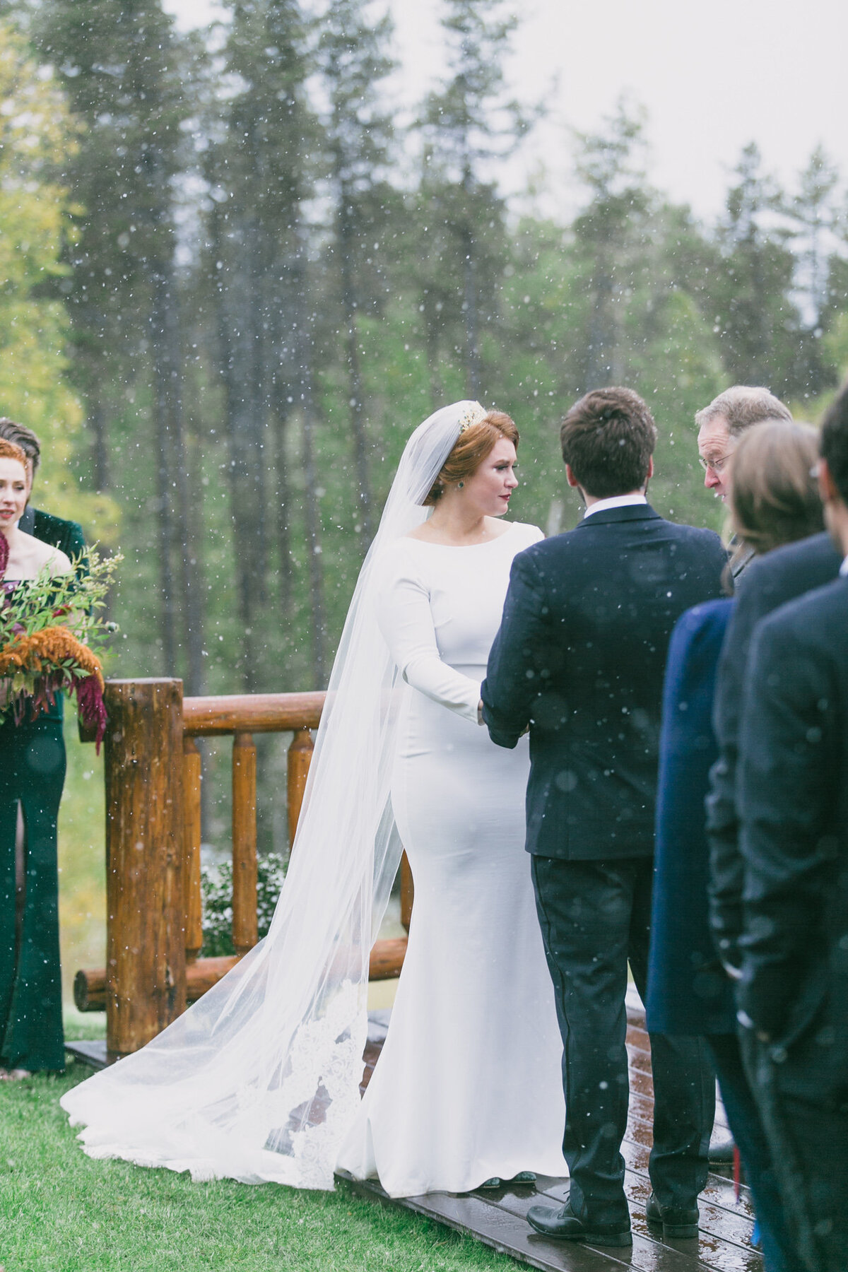 Jennifer_Mooney_Photography_Abbey_Stephen_Fall_Winter_Glacier_Park_Elopement-153