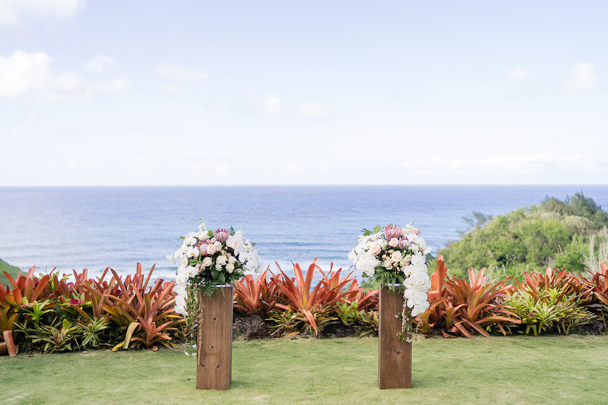 Oahu Hawaii Wedding Photos-54