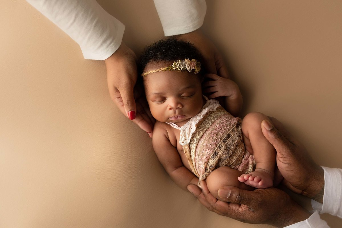 Brittany-Brooke-Photography-Newborn-Photographer_0301