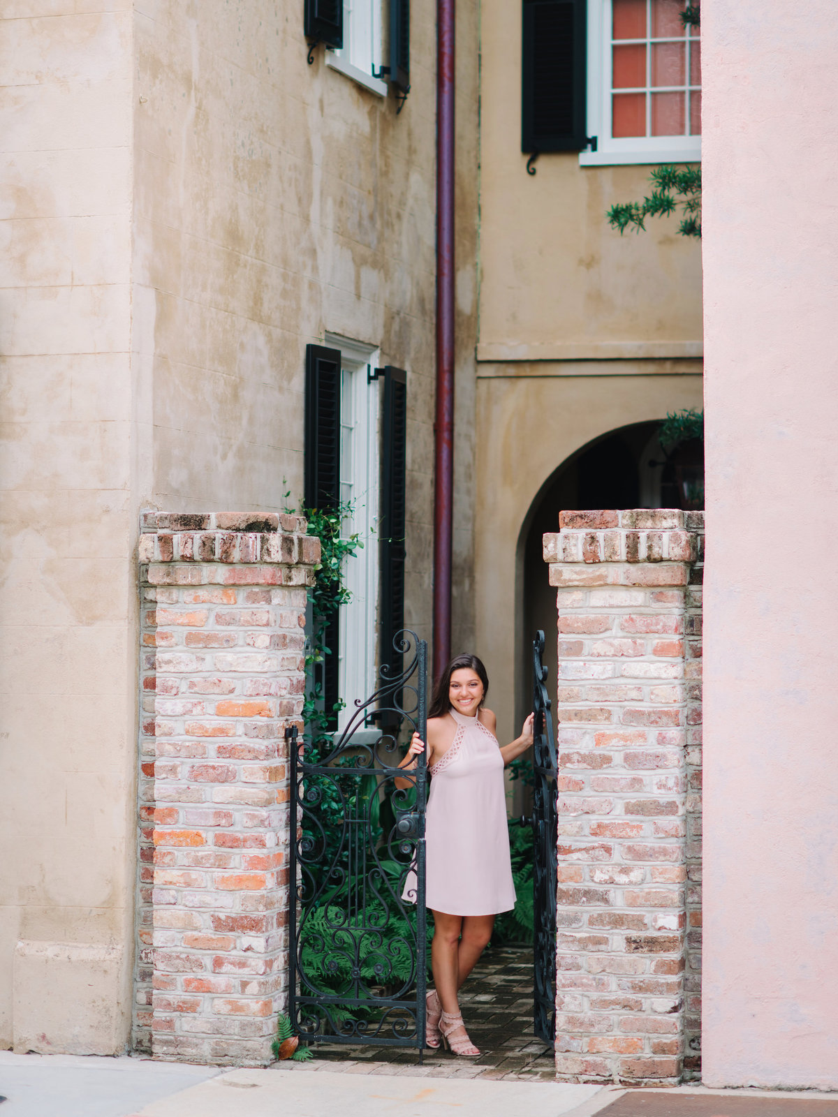 Historic Downtown Charleston Senior Photos and Charleston Senior Pictures