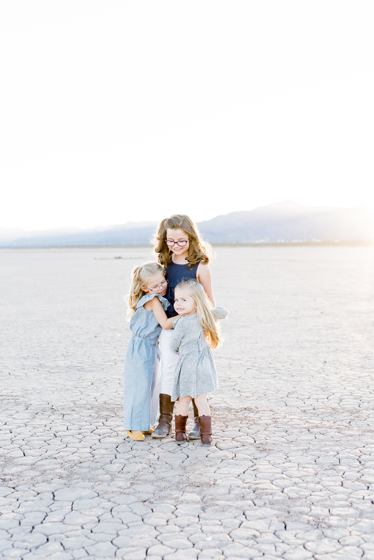 dry lake bed family photographer