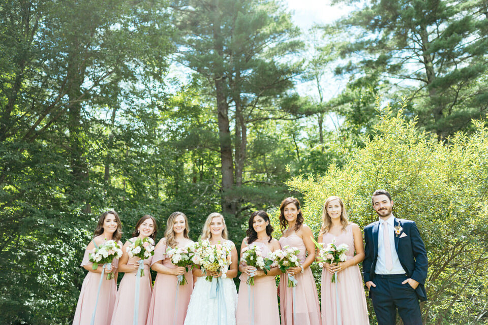 Catskills-Wedding-Planner-Foxfire-Mountain-House-Wedding-Canvas-Weddings-Bridal-Party