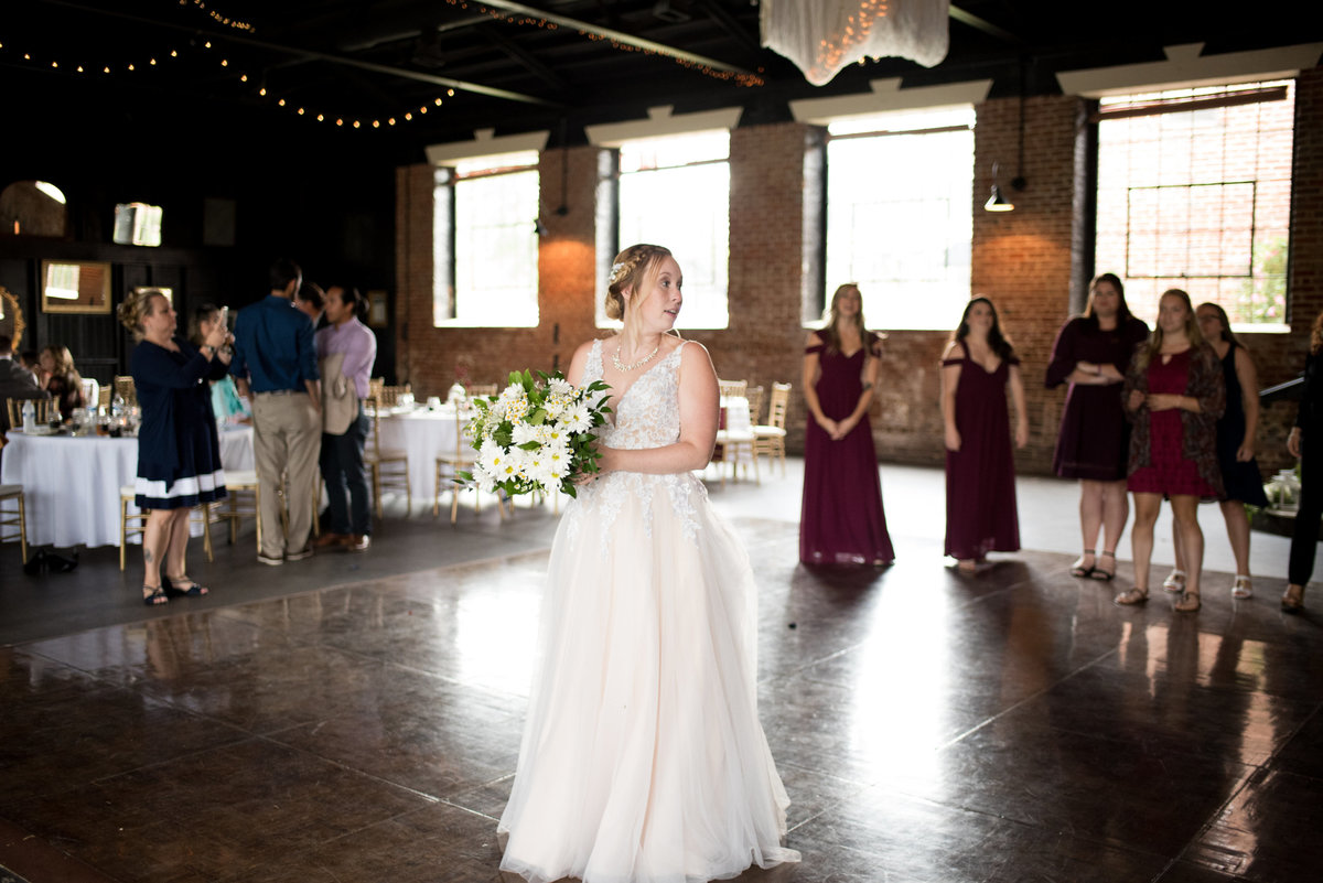 inn-at-the-old-silk-mill-september-autumn-floral-wedding-happy-to-be-events--0404