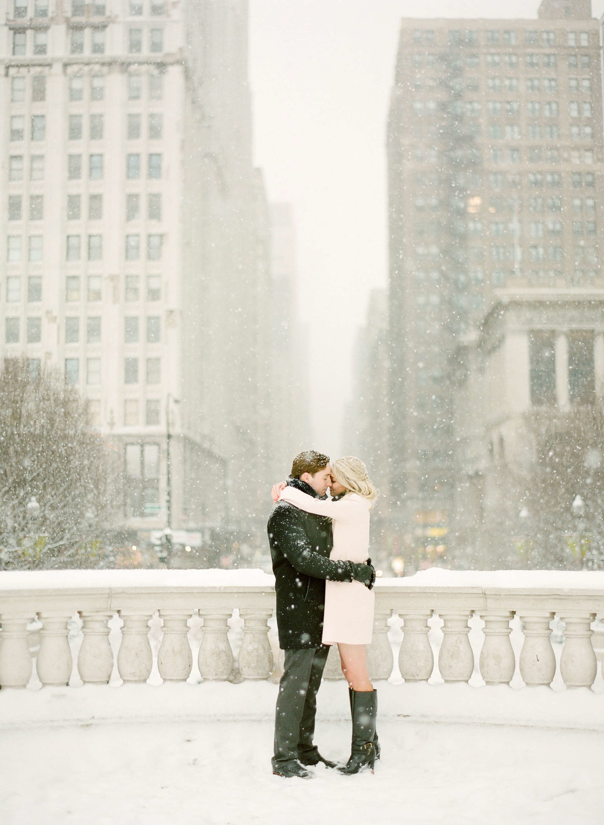 1-KTMerry-winter-weddings-snow
