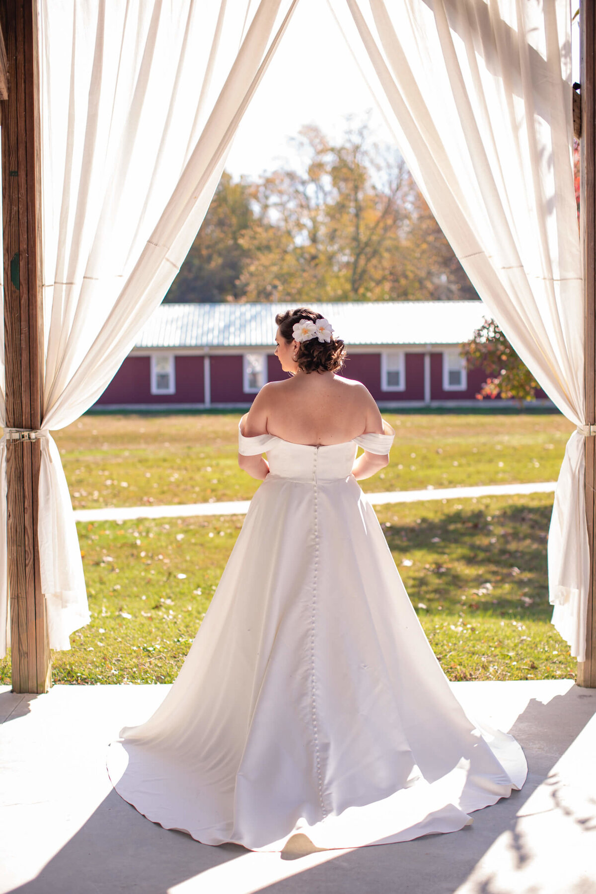 AppelFarmRusticNJWedding_GenPalmerPhotography_023