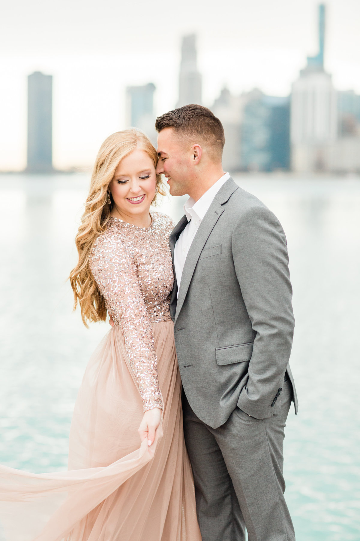 lindsey-taylor-photography-north-avenue-beach-chicago-engagement-photographer10