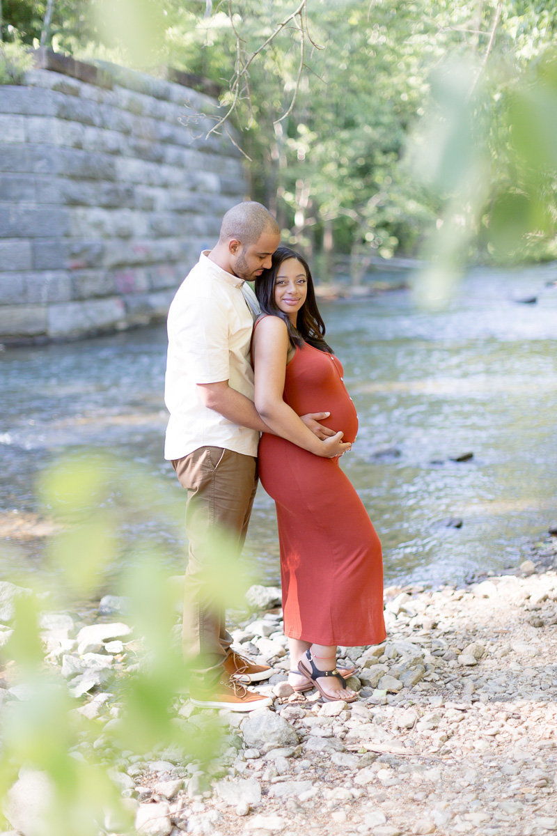 maternity photo session at Patapsco Valley State Park