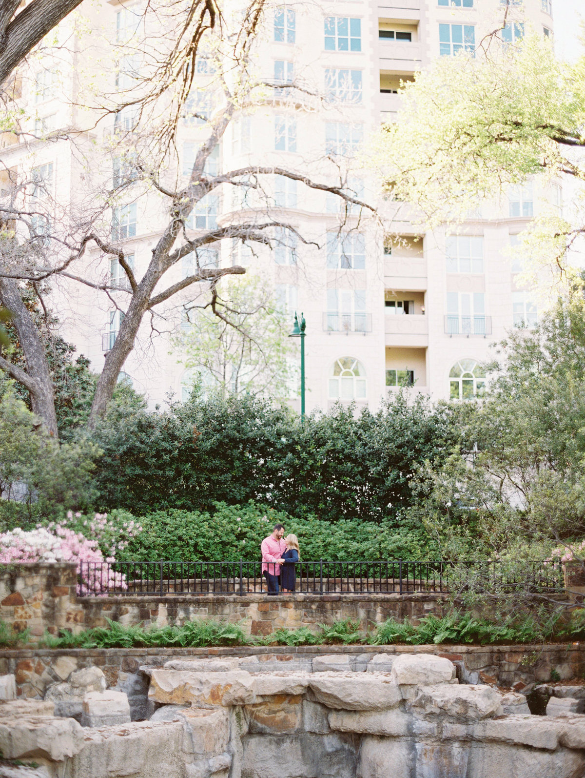 Courtney Hanson Photography - Dallas Spring Engagement Photos-009