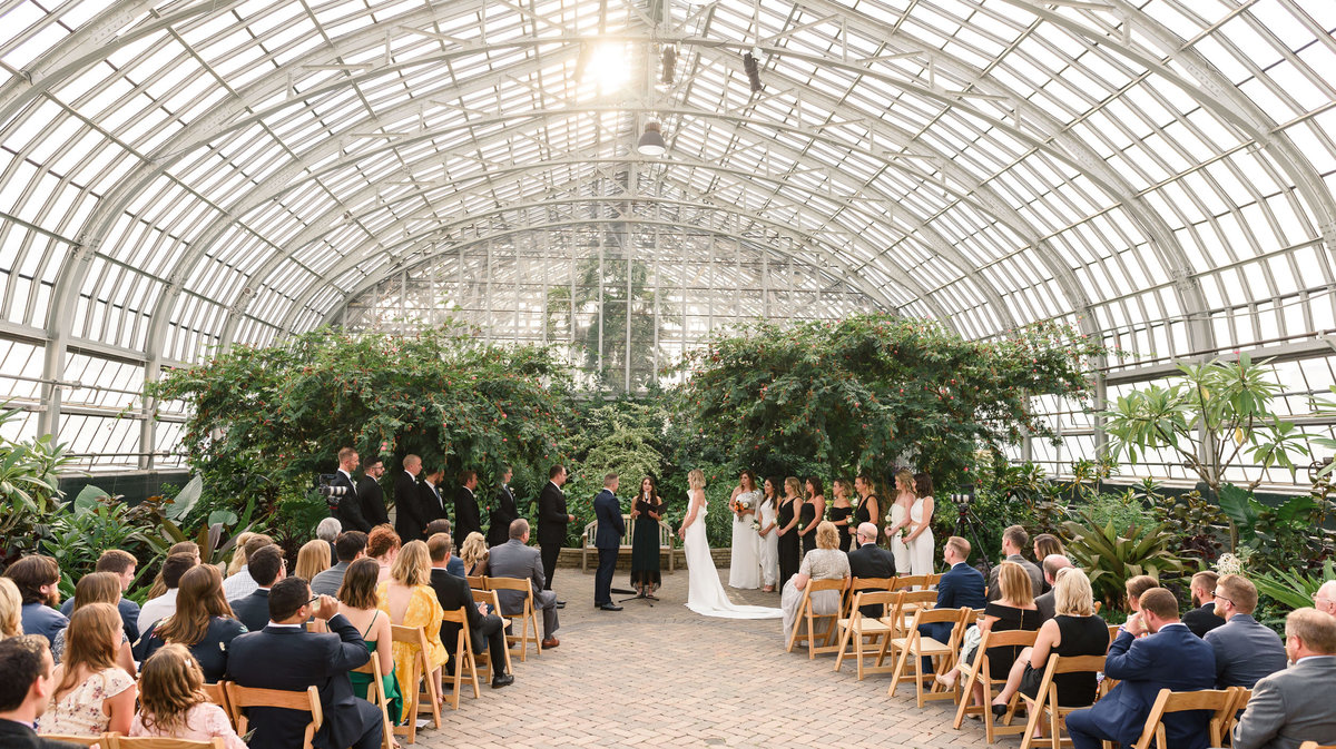 garfield-park-conservatory-chicago-wedding-the-paper-elephant-0030