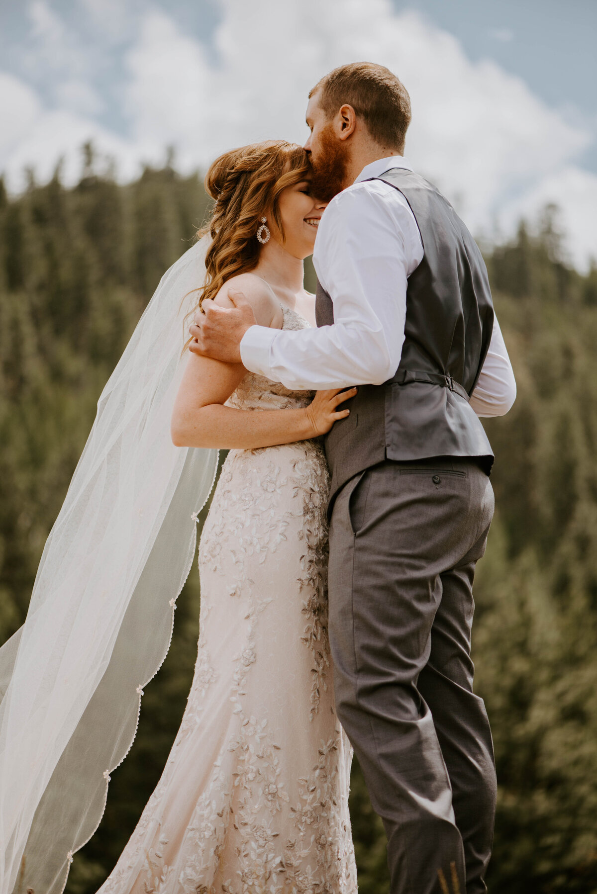 ochoco-forest-central-oregon-elopement-pnw-woods-wedding-covid-bend-photographer-inspiration2217