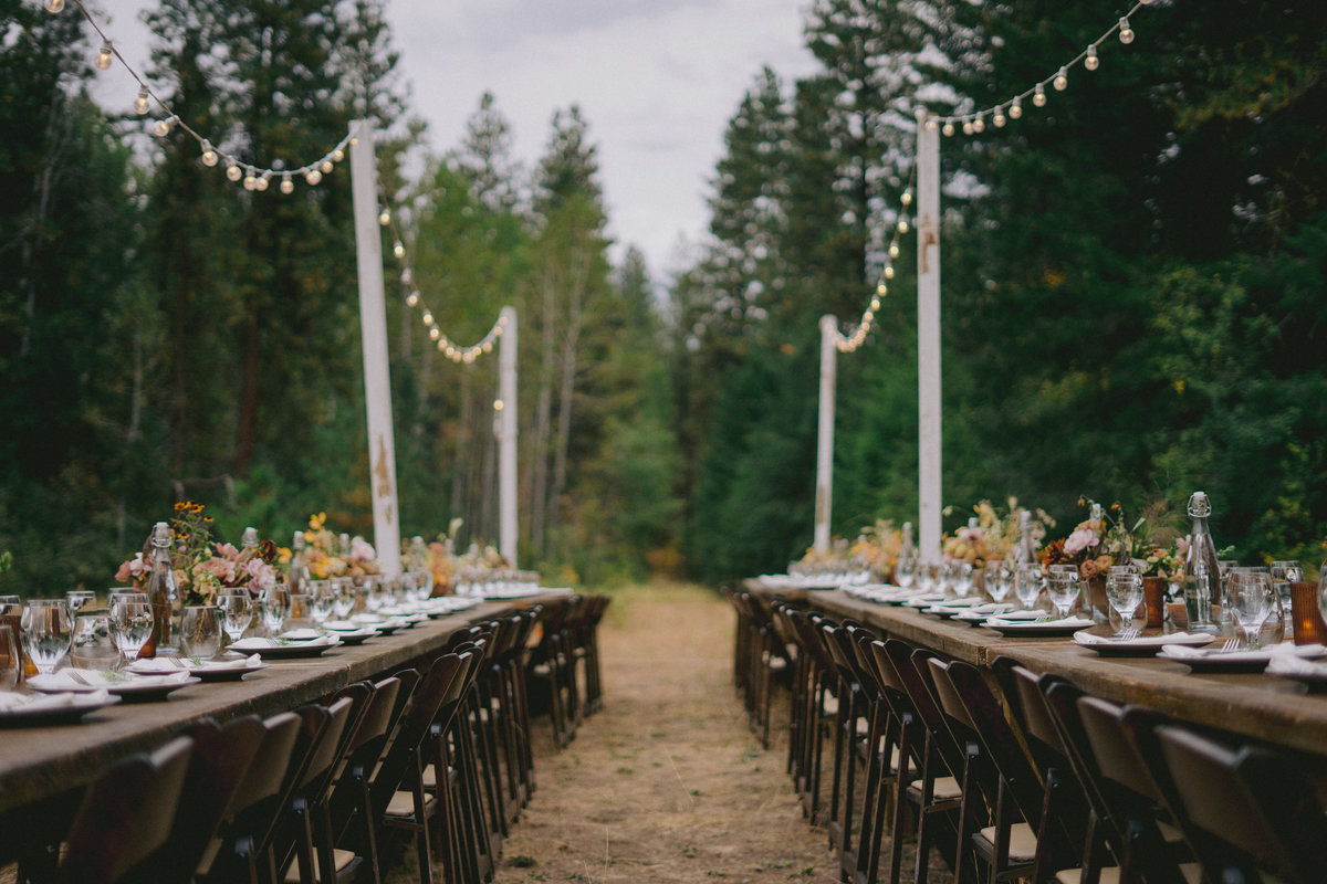 Off the Grid Winthrop Wedding PNW Adventure Intimate Wedding