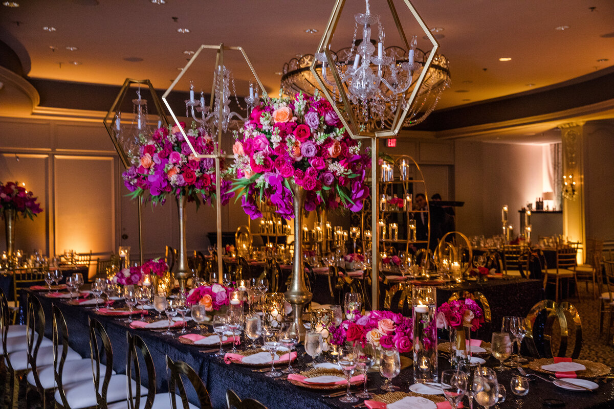 34thstreetevents-hotelzaza-pops of pink florals